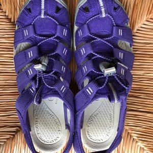 Keen purple strappy comfy shoes